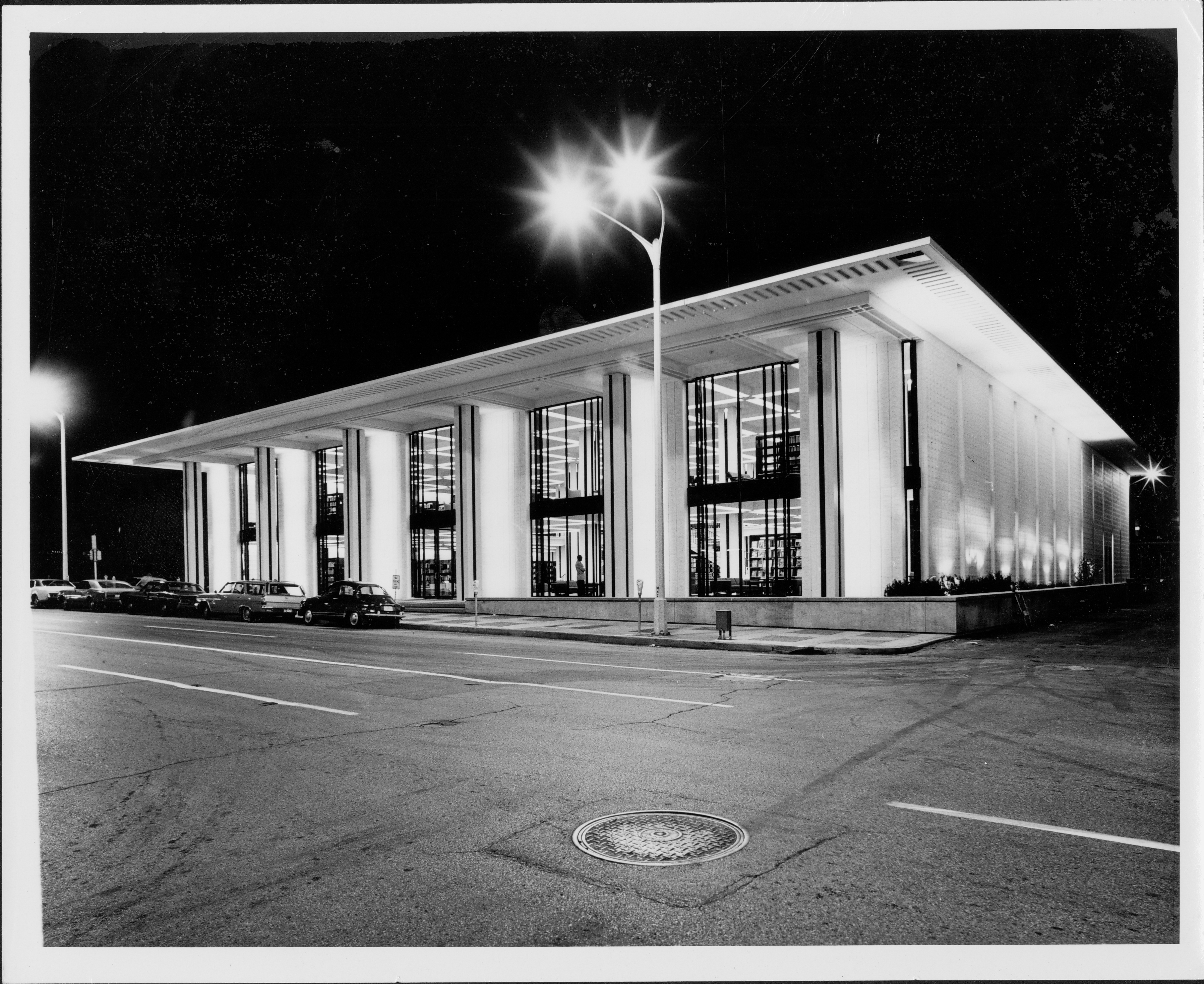 Construction and Opening of Davenport Public Library's new building, designed by Edward Durell Stone, 321 Main Street, downtown Davenport [1966-1968]