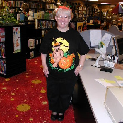 2003-10-30_Staff_Halloween_002