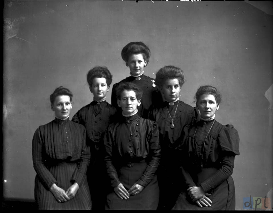 Dietz Family Ladies, c. 1910