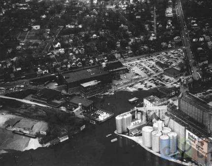 Aerial River Drive East Flood, 1965