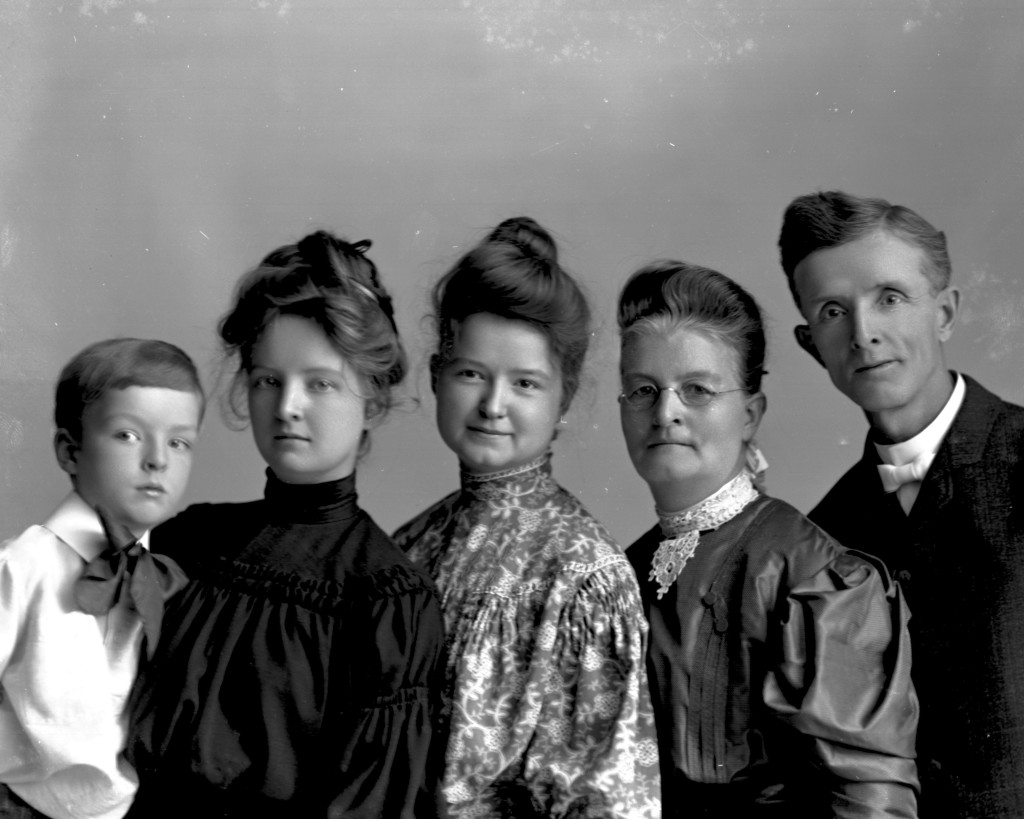 The Barrette family - George M, Mattie, Lydia, Ada & George, Jr. - ca. 1900. Photographed by J. B. Hostetler, Davenport, Iowa