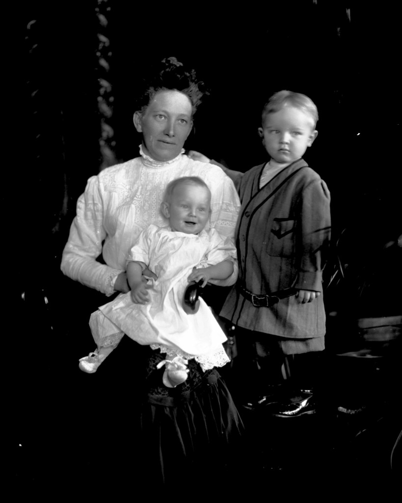 Hannah (Schlueter) Schick with Cecelia & Charlie [ca. 1910]