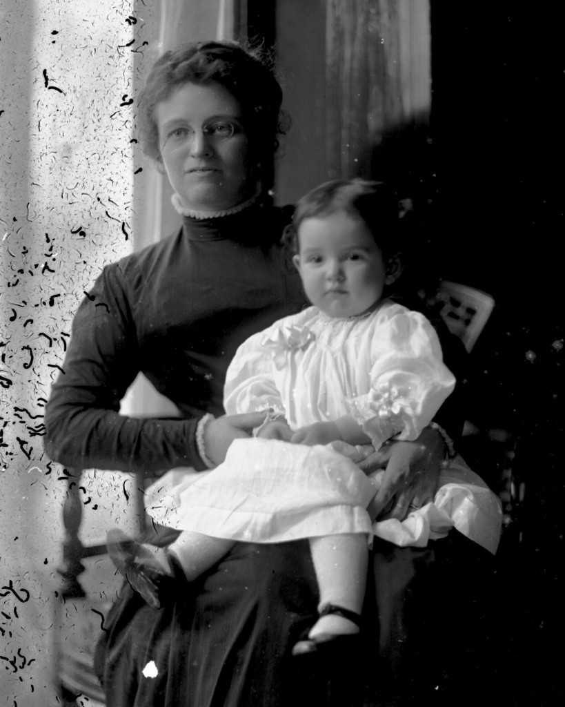 Stella (Cohn) Fox & Dorothy [ca. 1910]