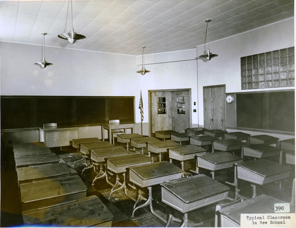 Classroom in Madison Elementary School, 116 East Locust Street, Davenport, Iowa. [c. 1940]