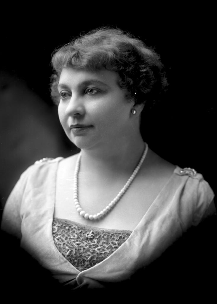 Mrs. S. R. Kenworthy, ca. 1914