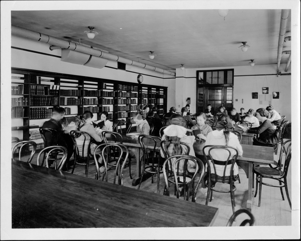 Davenport High School library c. 1920